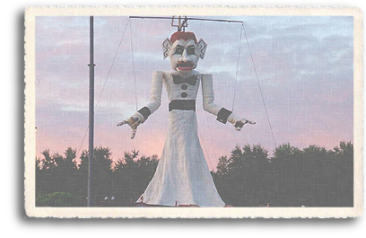 Zozobra at dusk, before the burning of Old Man Gloom begins in Santa Fe, New Mexico.